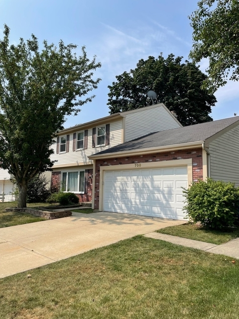 3 Bedrooms, Schaumburg Rental in Chicago, IL for $2,600 - Photo 1
