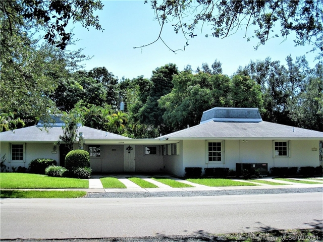2 Bedrooms, Suniland Terrace Rental in Miami, FL for $2,300 - Photo 1