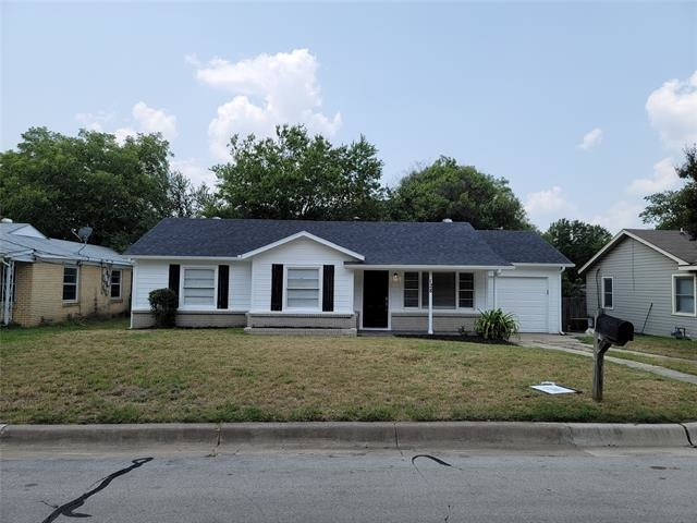 3 Bedrooms, Riverbend Trinity Trails Rental in Dallas for $1,955 - Photo 1