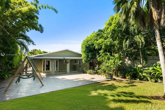 3 Bedrooms, Coral Way Rental in Miami, FL for $5,750 - Photo 1