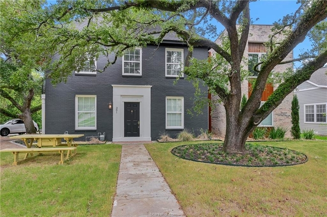 5 Bedrooms, College Park Rental in Bryan-College Station Metro Area, TX for $4,000 - Photo 1
