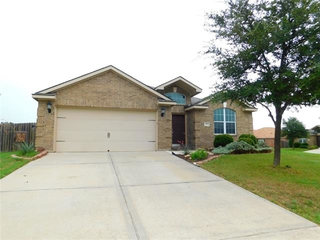 3 Bedrooms, Quail Run Rental in Sanger, TX for $1,695 - Photo 1