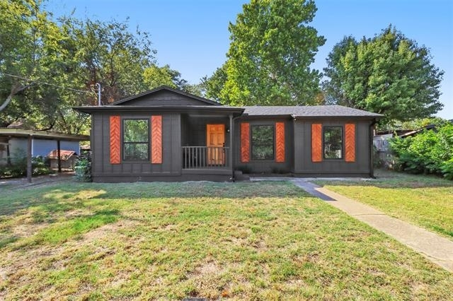 2 Bedrooms, Denton Rental in Denton-Lewisville, TX for $1,450 - Photo 1