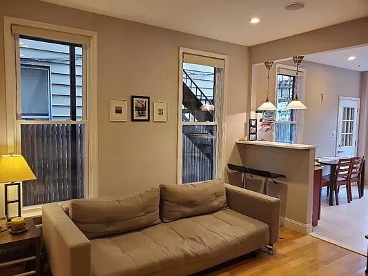 2 Bedrooms, Greenpoint Rental in NYC for $4,669 - Photo 1