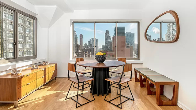 2 Bedrooms, Upper East Side Rental in NYC for $6,235 - Photo 1