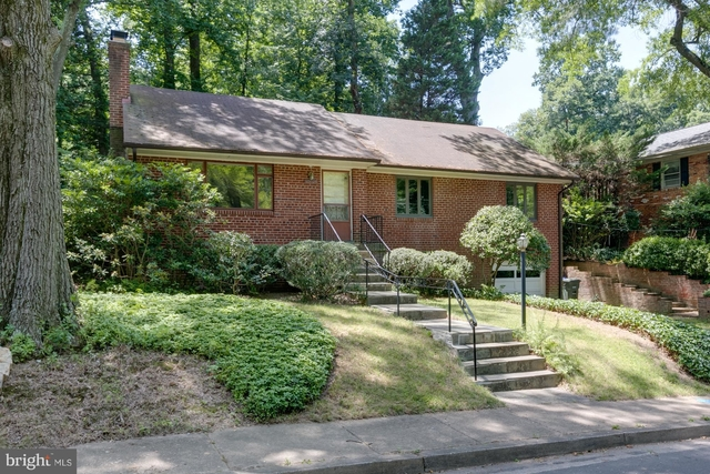 3 Bedrooms, Donaldson Run Rental in Washington, DC for $3,200 - Photo 1