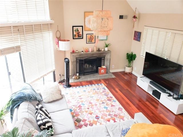 2 Bedrooms, Orange Rental in Los Angeles, CA for $3,000 - Photo 1