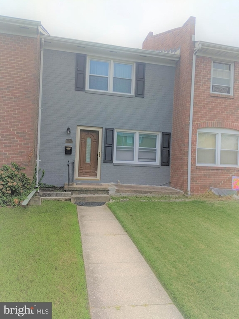 3 Bedrooms, Parkville Rental in Baltimore, MD for $1,850 - Photo 1