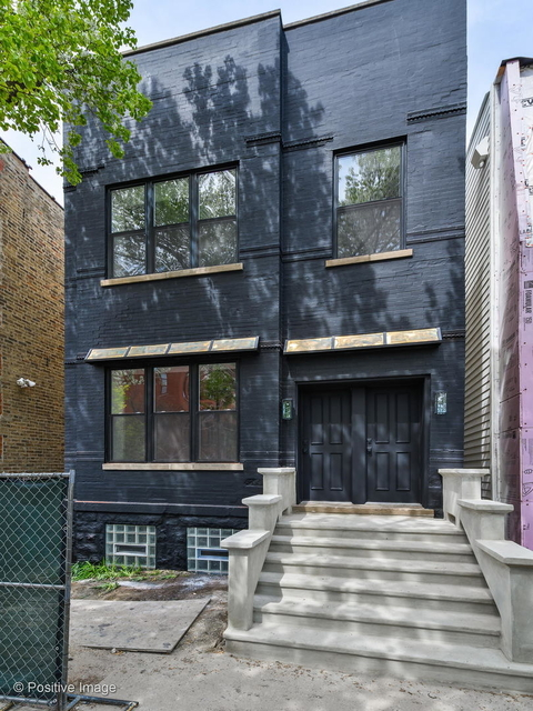 2 Bedrooms, West Town Rental in Chicago, IL for $2,292 - Photo 1
