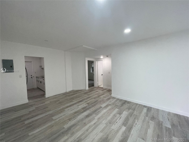 2 Bedrooms, Biscayne Beach Rental in Miami, FL for $2,250 - Photo 1