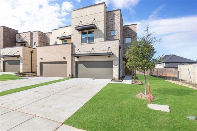 3 Bedrooms, Plano Rental in Dallas for $3,200 - Photo 1