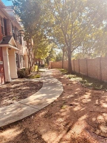 2 Bedrooms, Pasquinelli's Village on The Green Rental in Dallas for $1,700 - Photo 1
