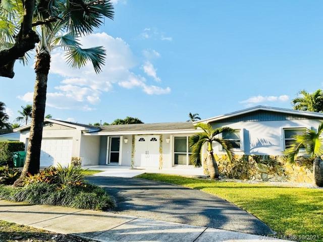 3 Bedrooms, Saga Bay Rental in Miami, FL for $4,500 - Photo 1
