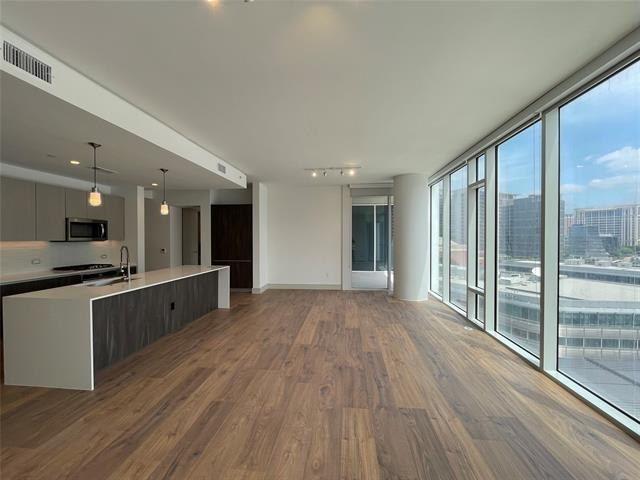 3 Bedrooms, Victory Park Rental in Dallas for $5,900 - Photo 1