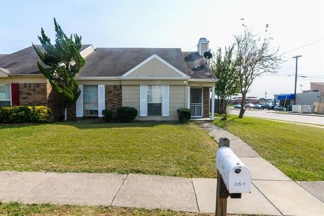 3 Bedrooms, Village East Rental in Dallas for $1,450 - Photo 1