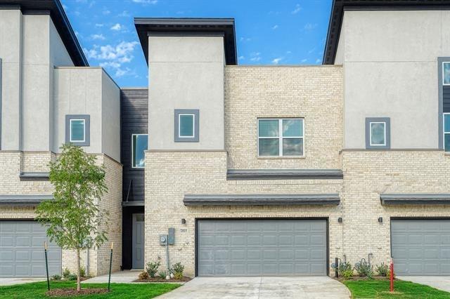 3 Bedrooms, Southwest Dallas Rental in Dallas for $2,900 - Photo 1