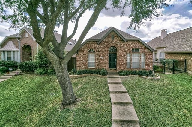 2 Bedrooms, Courtyard at Russell Creek Rental in Dallas for $2,195 - Photo 1