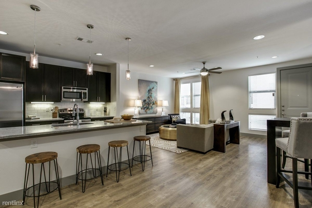 3 Bedrooms, Roseland Rental in Dallas for $2,693 - Photo 1