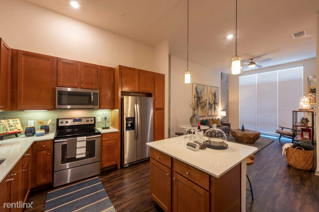 2 Bedrooms, Downtown Houston Rental in Houston for $1,964 - Photo 1