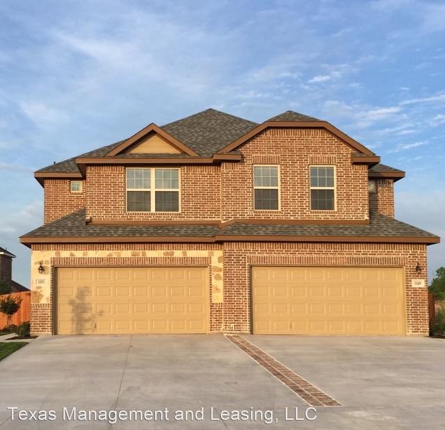 3 Bedrooms, Midlothian Rental in Dallas for $1,850 - Photo 1