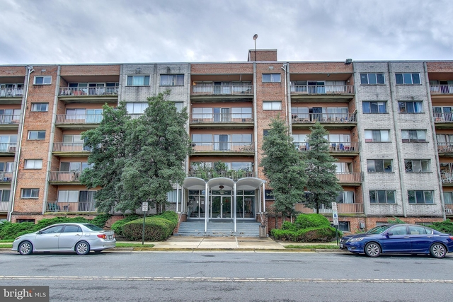 2 Bedrooms, The Seasons Condominiums Rental in Washington, DC for $1,500 - Photo 1
