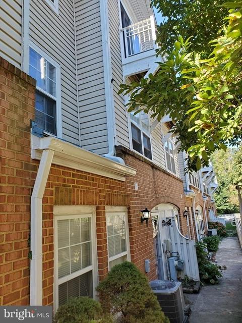 3 Bedrooms, Elkridge Rental in Baltimore, MD for $1,875 - Photo 1