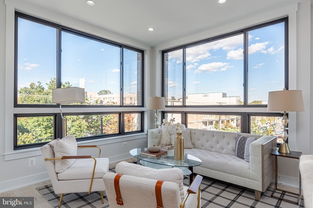 2 Bedrooms, Brightwood Park Rental in Washington, DC for $3,100 - Photo 1