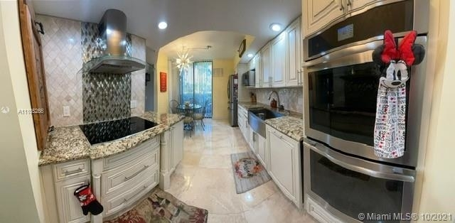 3 Bedrooms, The Fountains Country Club Rental in Miami, FL for $2,800 - Photo 1