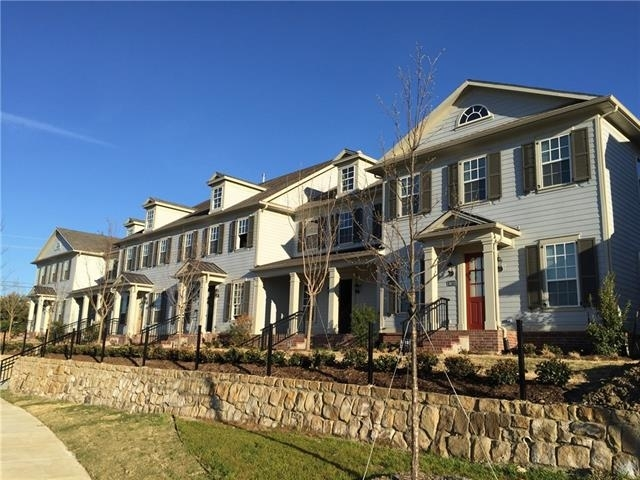 2 Bedrooms, North Central Carrollton Rental in Dallas for $2,600 - Photo 1