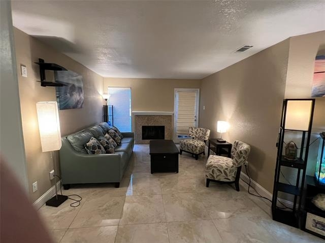 2 Bedrooms, North Central Dallas Rental in Dallas for $1,600 - Photo 1