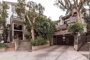 2 Bedrooms, Encino Rental in Los Angeles, CA for $3,500 - Photo 1