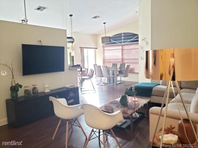 3 Bedrooms, Doral Isles Rental in Miami, FL for $3,350 - Photo 1