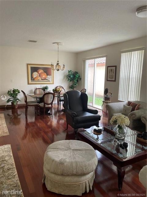 4 Bedrooms, Doral Glen Rental in Miami, FL for $7,000 - Photo 1