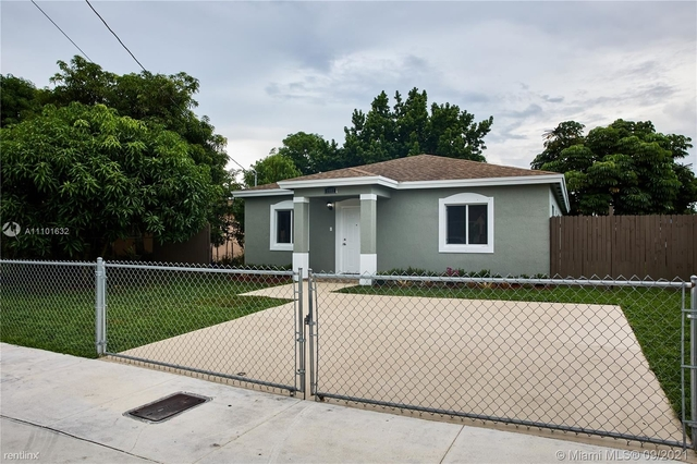 3 Bedrooms, Floral Park Rental in Miami, FL for $2,810 - Photo 1