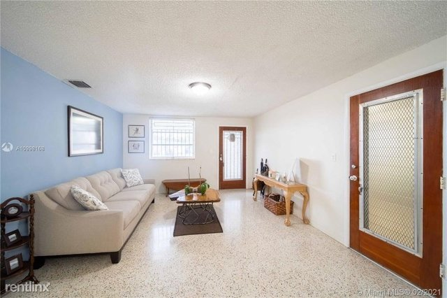 3 Bedrooms, Kirkland Heights Rental in Miami, FL for $3,200 - Photo 1