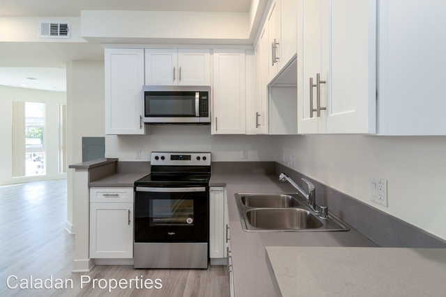 1 Bedroom, Mid-Town North Hollywood Rental in Los Angeles, CA for $2,245 - Photo 1