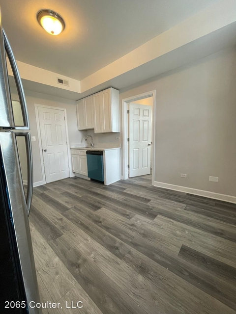 2 Bedrooms, Heart of Chicago Rental in Chicago, IL for $1,500 - Photo 1