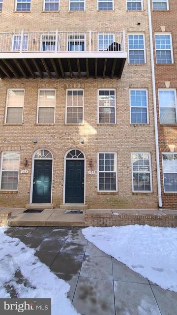 2 Bedrooms, Merrifield Rental in Washington, DC for $2,600 - Photo 1