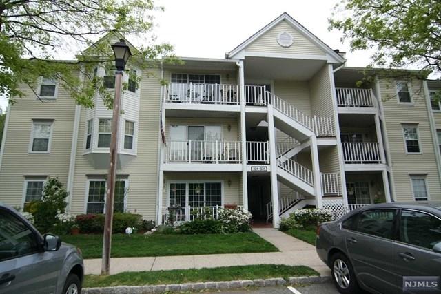 2 Bedrooms, Bergen Rental in Mount Pleasant, NY for $2,400 - Photo 1