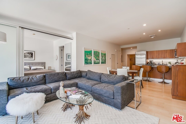 2 Bedrooms, South Park Rental in Los Angeles, CA for $4,350 - Photo 1