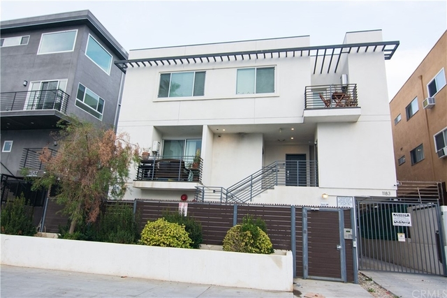 2 Bedrooms, Olympic Park Rental in Los Angeles, CA for $2,800 - Photo 1