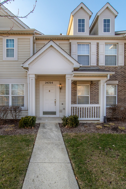 2 Bedrooms, Plainfield Rental in Chicago, IL for $2,200 - Photo 1