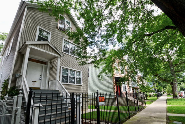 2 Bedrooms, Roscoe Village Rental in Chicago, IL for $1,650 - Photo 1