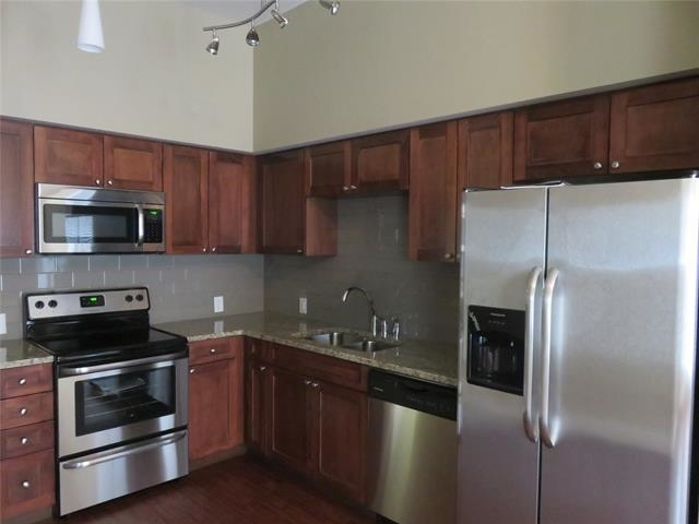 1 Bedroom, Fort Worth Rental in Dallas for $1,275 - Photo 1