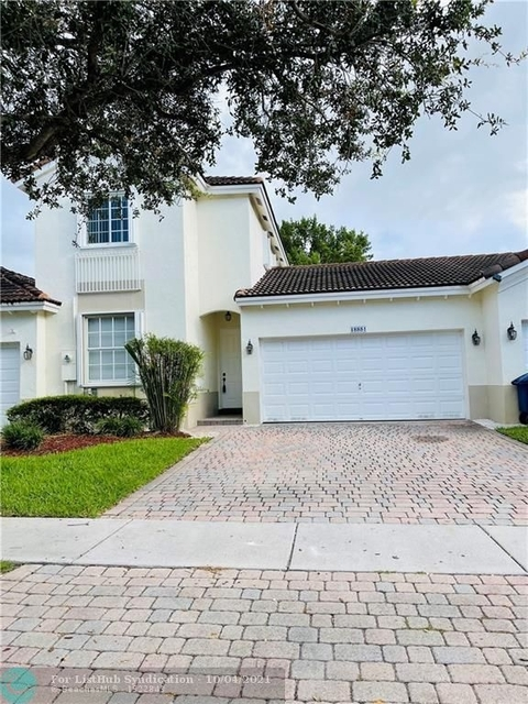 3 Bedrooms, Sunset Lakes Rental in Miami, FL for $3,200 - Photo 1