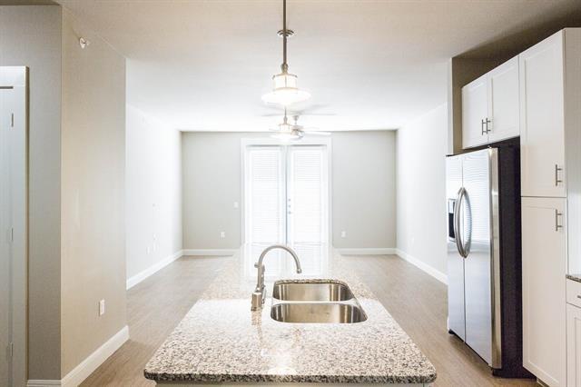 2 Bedrooms, Kidd Springs Rental in Dallas for $2,122 - Photo 1