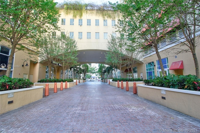 1 Bedroom, Kendall Rental in Miami, FL for $2,000 - Photo 1