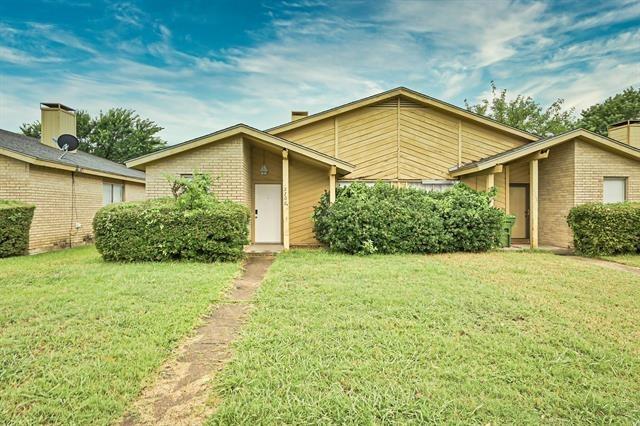 2 Bedrooms, West Arlington Rental in Dallas for $1,340 - Photo 1