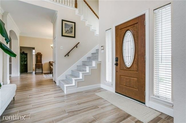 5 Bedrooms, Somerset Rental in Dallas for $3,595 - Photo 1