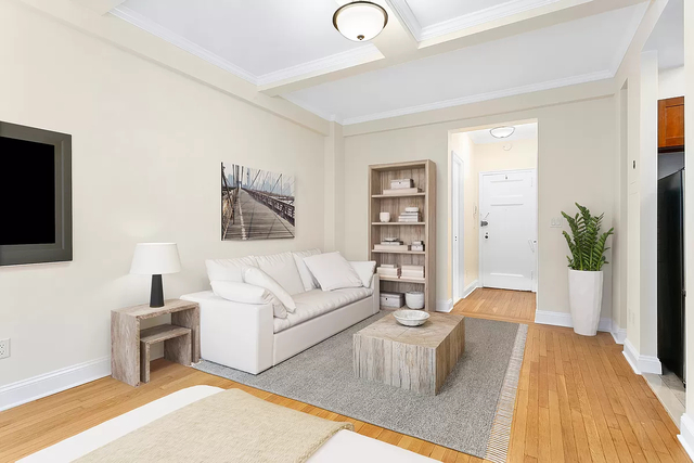 Studio, Lincoln Square Rental in NYC for $2,425 - Photo 1